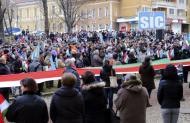 Tüntetés a szabad jelképhasználatért